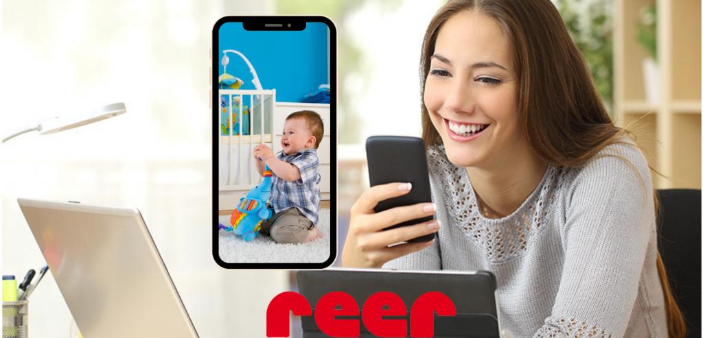 Una cámara IP  monitor para bebé reer